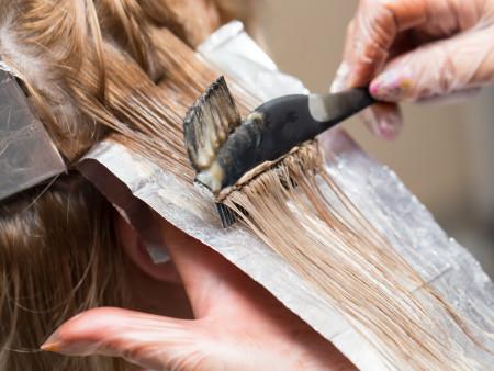 Kleuren lang haar, snit & brushing