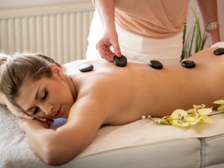Hotstone massage 90min