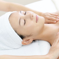 Massage & skincare treatment