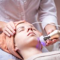 Anti-aging verzorging gelaat en hals+Led licht