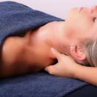 Rugmassage en Japanse hoofd-, nek- en schoudermassage