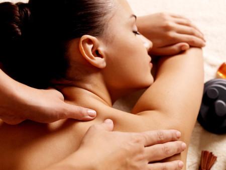 Relaxatie-, therapeutische en energetische massages