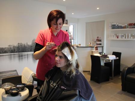 Make-over bij Ella Hair & Beauty